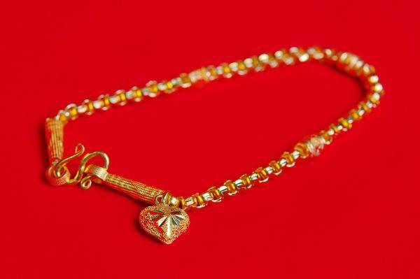 bransoletki złote damskie