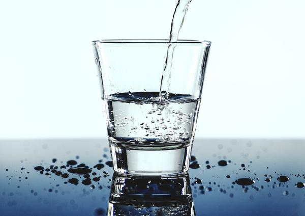 dystrybutory wody do biur