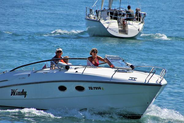 czarter łodzi na mazurach